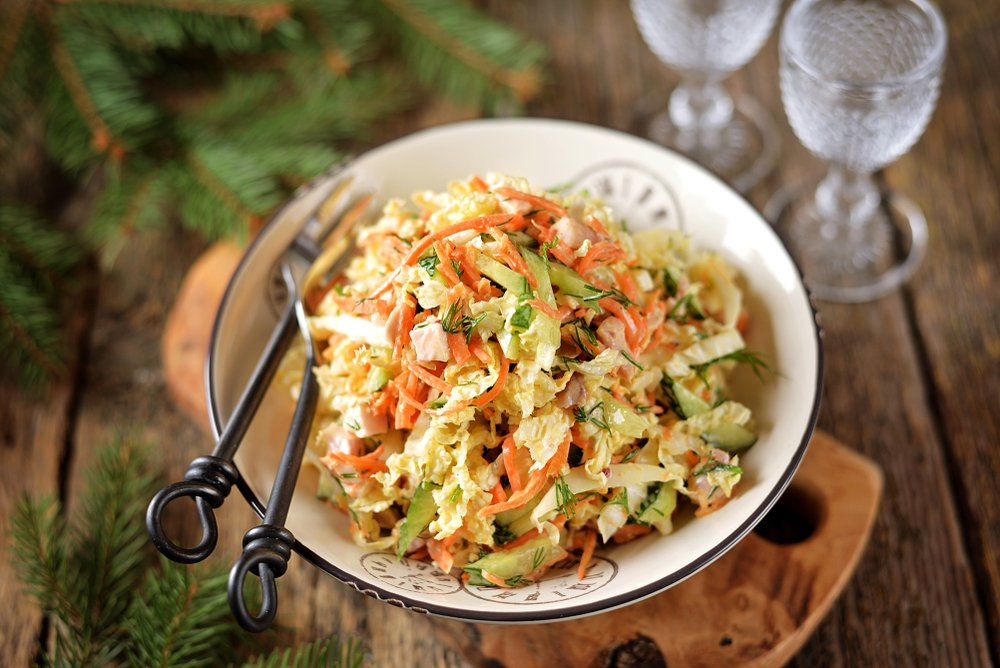 Vietnamese cabbage salad